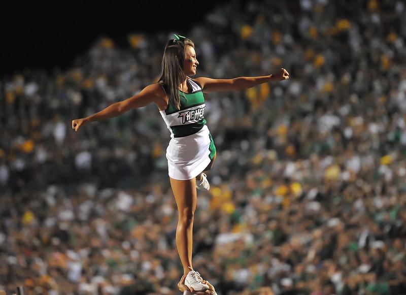 cheerleaders5915