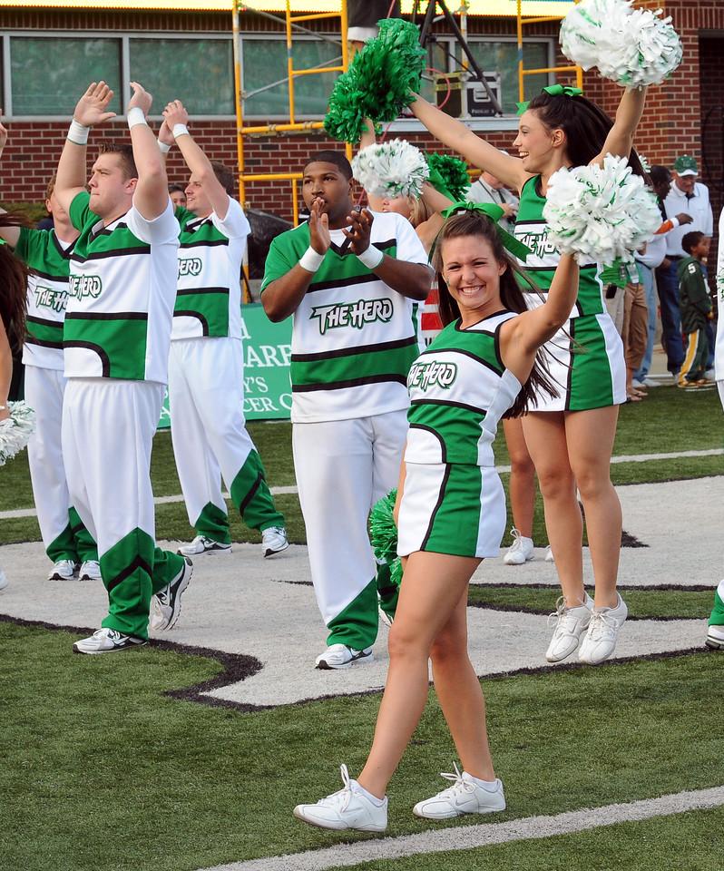 cheerleaders4480