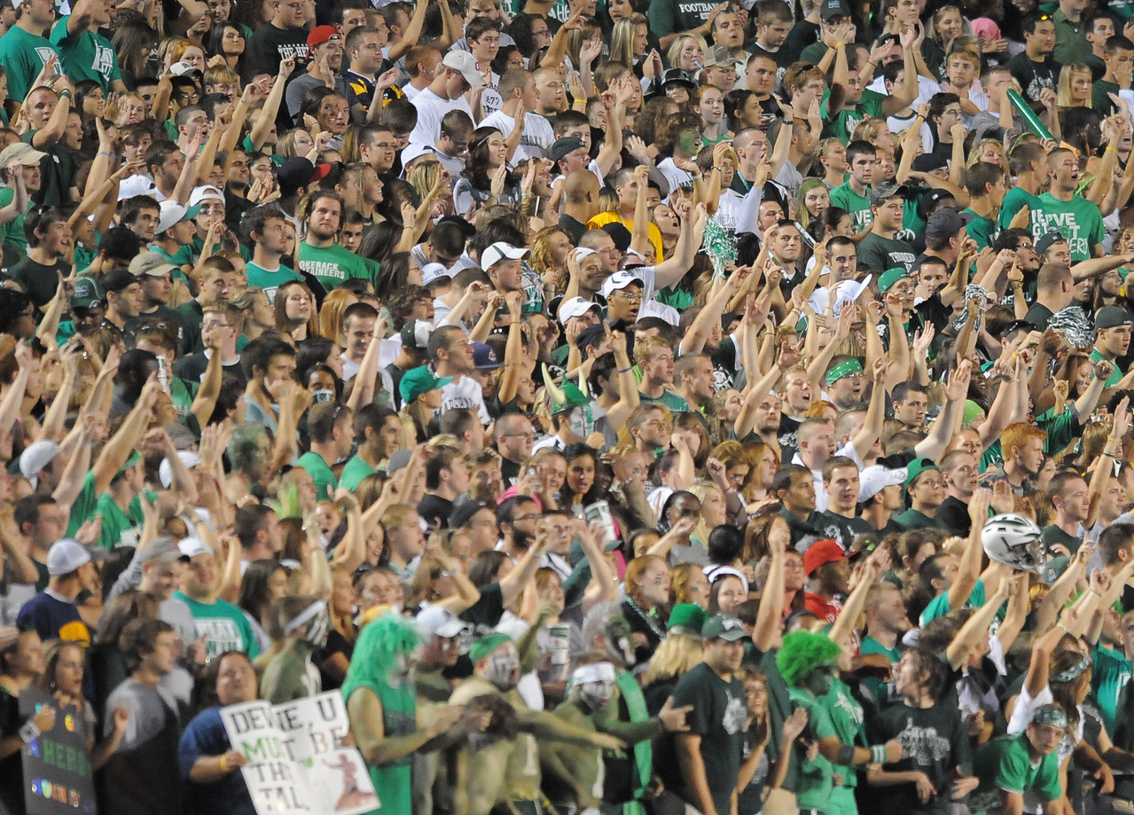 crowd5976