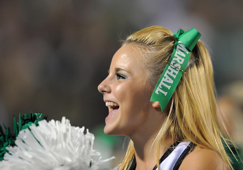 cheerleaders6143