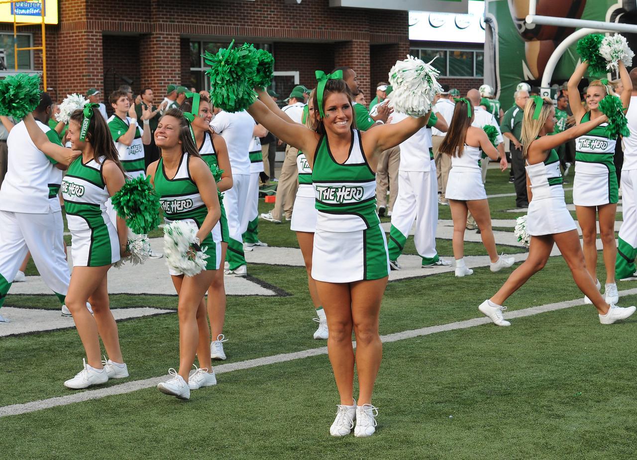 cheerleaders4483