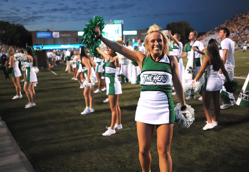 cheerleaders5281