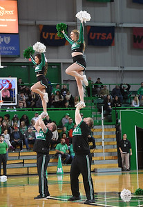 cheerleaders0314