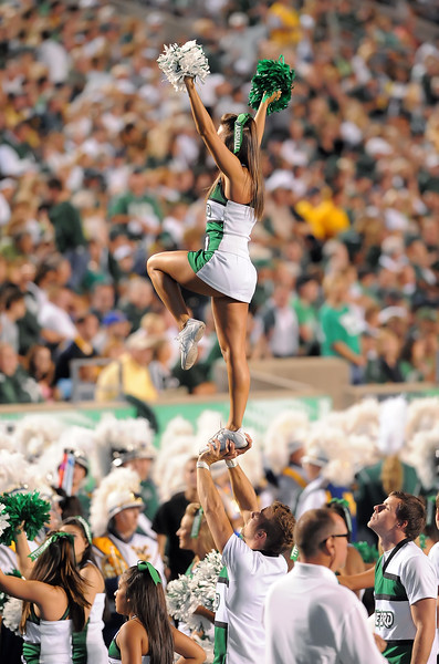 cheerleaders7049