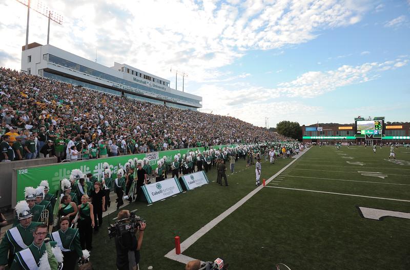 crowd6135