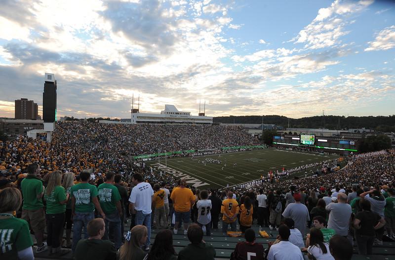 crowd6280