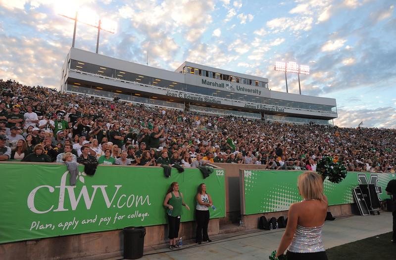 crowd6677