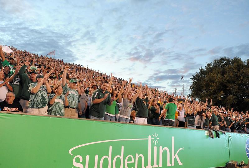 crowd6821