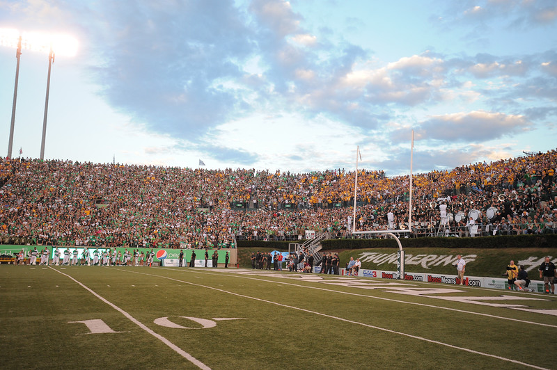 crowd6635