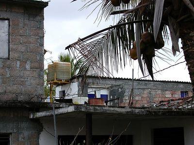 Cuban Plumbing - Cisterna Cubana.