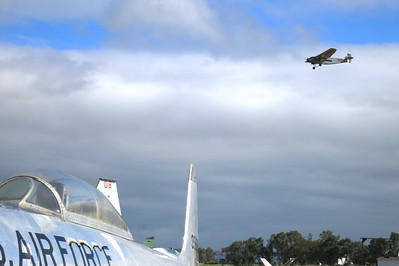 Ford Tri-Motor on final approach to runway 31, as we waited for Dick Rutan's arrival
