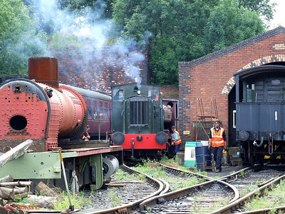 WD 0-6-0DM 72229 coughs it up at Elsecar on 16th August 2009.