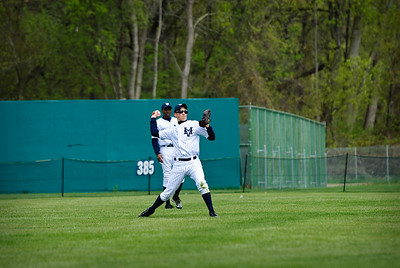 //www.TopRowPhotography.com . Photo Details: 17-Apr-2010, 0910-baseball-TOP_5968, 200 mm, ¹⁄₁₅₀₀ sec at f/4.0, no flash
