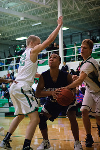 MV Boys JV Basketball at Emmanuel Christan, 7-Jan-2012 Filename: TOP_8919