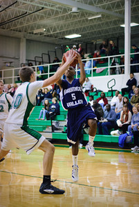 MV Boys JV Basketball at Emmanuel Christan, 7-Jan-2012 Filename: TOP_8893
