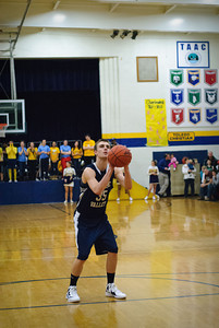 MV Boys Varsity Basketball at Toledo Christian, 13-Dec-2011 Filename: TOP_8723