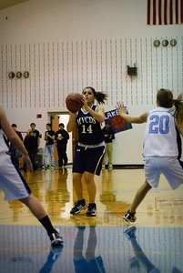0910-basketball-TOP_2696