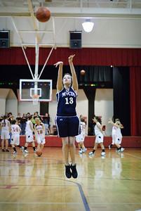 0910-basketball-TOP_4405
