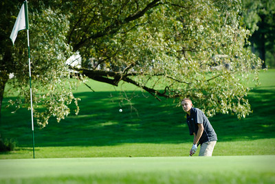 MV Varsity Golf, 2011-Sept-12 Filename: TOP_6081