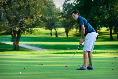 MV Varsity Golf, 2011-Sept-12 Filename: TOP_6168