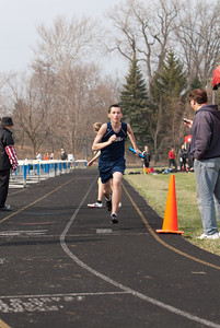 MVCDS Varsity Track - 9-Apr-2013 Filename: TOP_4062