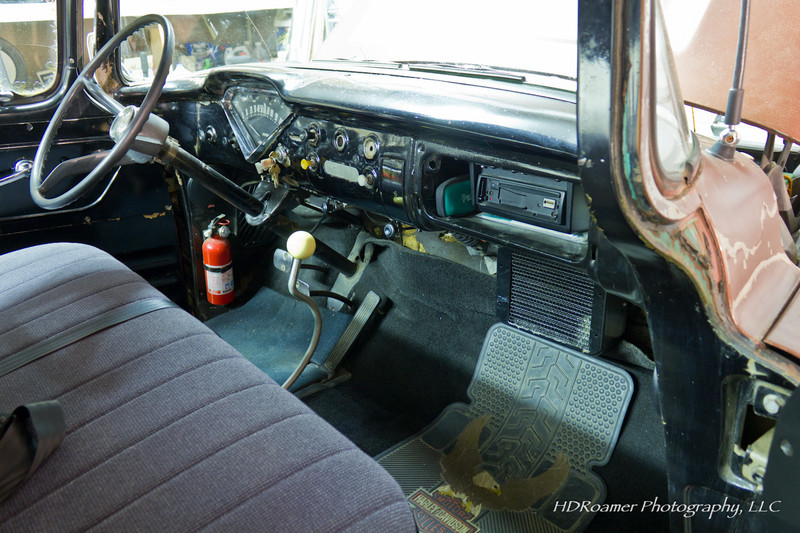 A view of the dash and interior. Once the old heater unit is out I'll be able to finish putting the new carpet where it belongs.