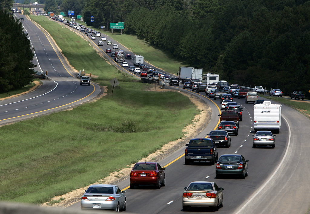 . Bumper to bumper traffic flowed north in Hattiesburg, Miss., as Gulf Coast residents sought refuge from Hurricane Katrina Sunday, Aug. 28, 2005.  (AP Photo/Rogelio Solis)