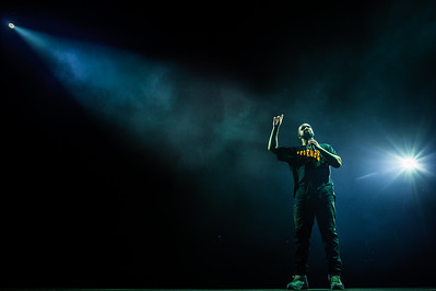 Rappers Drake performs during the Summer Sixteen Tour at Staples Center in Los Angeles, Calif. on Wednesday night, Sept. 7, 2016. (Photo by Watchara Phomicinda, San Gabriel Valley Tribune/ SCNG)