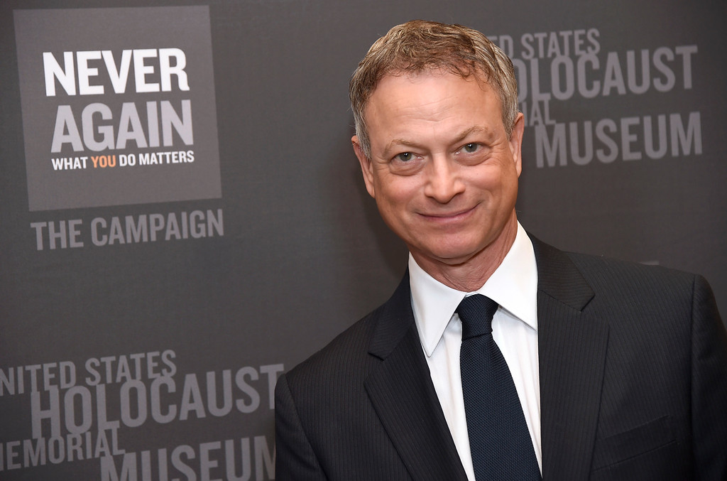 . Gary Sinise arrives at the Los Angeles Dinner : What You Do Matters at the Beverly Hilton Hotel on Monday, March 16, 2015, in Beverly Hills, Calif. (Photo by Chris Pizzello/Invision/AP)
