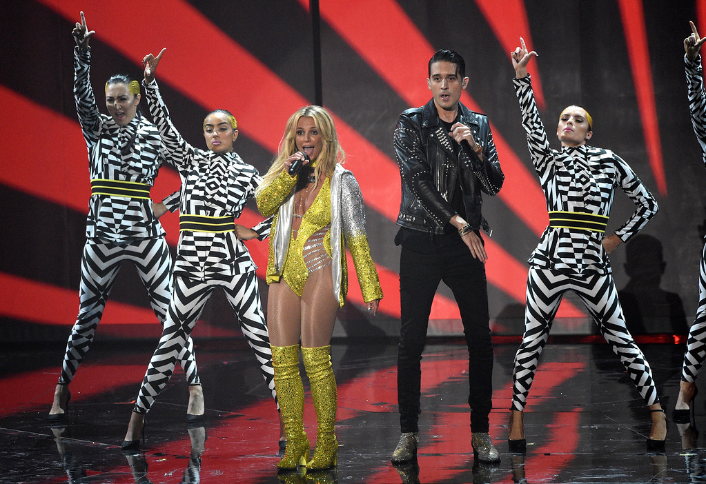 . Britney Spears, and G-Eazy perform at the MTV Video Music Awards at Madison Square Garden on Sunday, Aug. 28, 2016, in New York. (Photo by Chris Pizzello/Invision/AP)