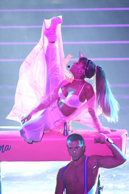 . NEW YORK, NY - AUGUST 28:  Ariana Grande performs onstage during the 2016 MTV Video Music Awards at Madison Square Garden on August 28, 2016 in New York City.  (Photo by Michael Loccisano/Getty Images)