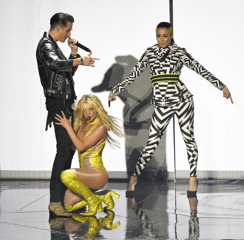 . G-Eazy, and Britney Spears perform at the MTV Video Music Awards at Madison Square Garden on Sunday, Aug. 28, 2016, in New York. (Photo by Chris Pizzello/Invision/AP)