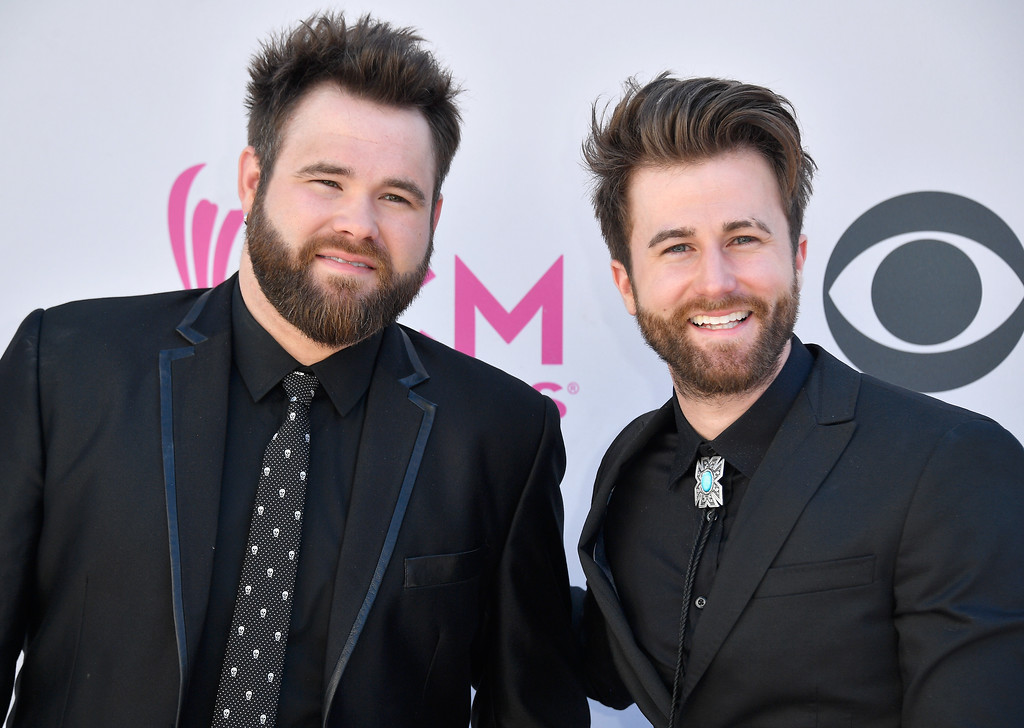 . LAS VEGAS, NV - APRIL 02:  Musicians Zach Swon (L) and Cotton Swon of The Swon Brothers attend the 52nd Academy Of Country Music Awards at Toshiba Plaza on April 2, 2017 in Las Vegas, Nevada.  (Photo by Frazer Harrison/Getty Images)