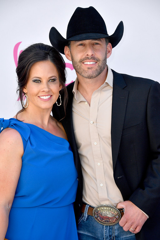 . LAS VEGAS, NV - APRIL 02:  Kimberly Watson (L) and singer Aaron Watson attend the 52nd Academy Of Country Music Awards at Toshiba Plaza on April 2, 2017 in Las Vegas, Nevada.  (Photo by Frazer Harrison/Getty Images)