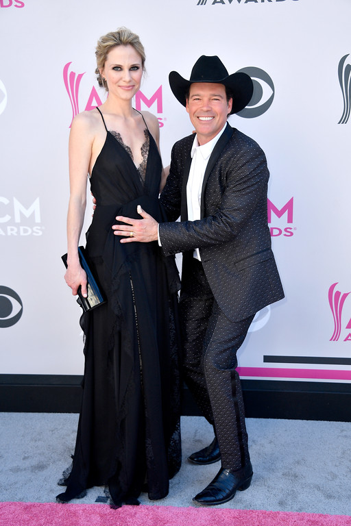 . LAS VEGAS, NV - APRIL 02:  Jessica Craig (L) and recording artist Clay Walker attend the 52nd Academy Of Country Music Awards at Toshiba Plaza on April 2, 2017 in Las Vegas, Nevada.  (Photo by Frazer Harrison/Getty Images)