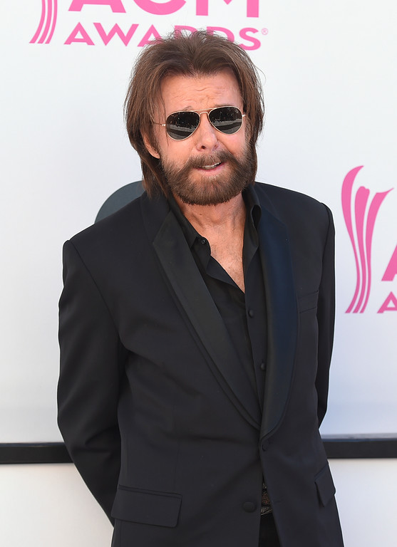 . Ronnie Dunn, of Brooks & Dunn, arrives at the 52nd annual Academy of Country Music Awards at the T-Mobile Arena on Sunday, April 2, 2017, in Las Vegas. (Photo by Jordan Strauss/Invision/AP)