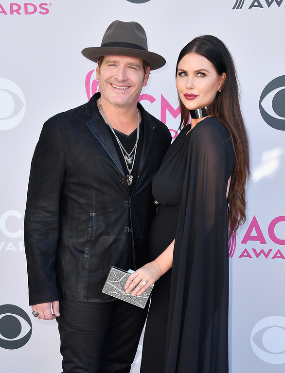 . LAS VEGAS, NV - APRIL 02:  Recording artist Jerrod Niemann (L) and Morgan Petek attend the 52nd Academy Of Country Music Awards at Toshiba Plaza on April 2, 2017 in Las Vegas, Nevada.  (Photo by Frazer Harrison/Getty Images)