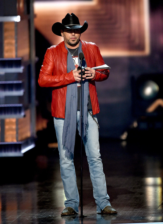 . LAS VEGAS, NV - APRIL 02:  Recording artist Jason Aldean accepts the Entertainer of the Year award onstage during the 52nd Academy Of Country Music Awards at T-Mobile Arena on April 2, 2017 in Las Vegas, Nevada.  (Photo by Ethan Miller/Getty Images)