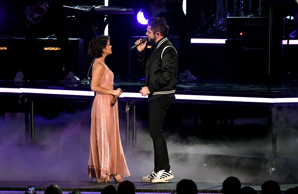 . LAS VEGAS, NV - APRIL 02:  Recording artists Maren Morris (L) and Thomas Rhett perform onstage during the 52nd Academy Of Country Music Awards at T-Mobile Arena on April 2, 2017 in Las Vegas, Nevada.  (Photo by Ethan Miller/Getty Images)
