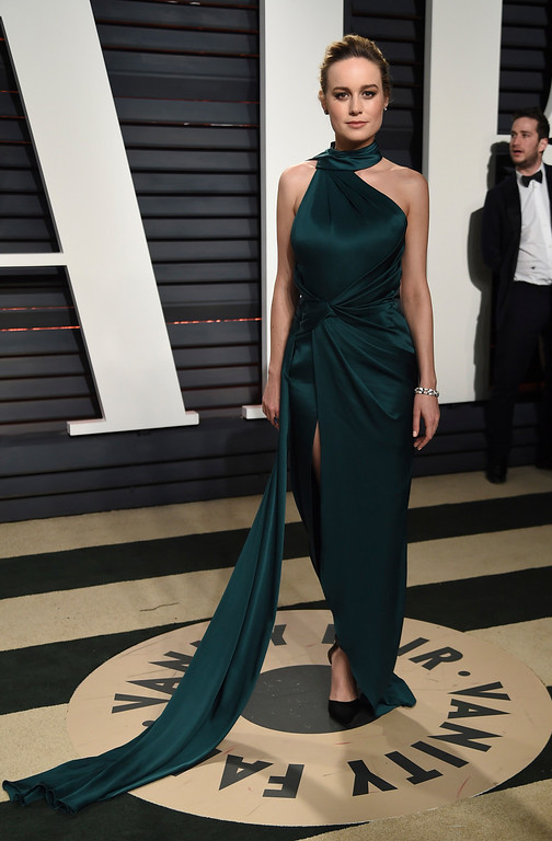 . Brie Larson arrives at the Vanity Fair Oscar Party on Monday, Feb. 27, 2017, in Beverly Hills, Calif. (Photo by Evan Agostini/Invision/AP)