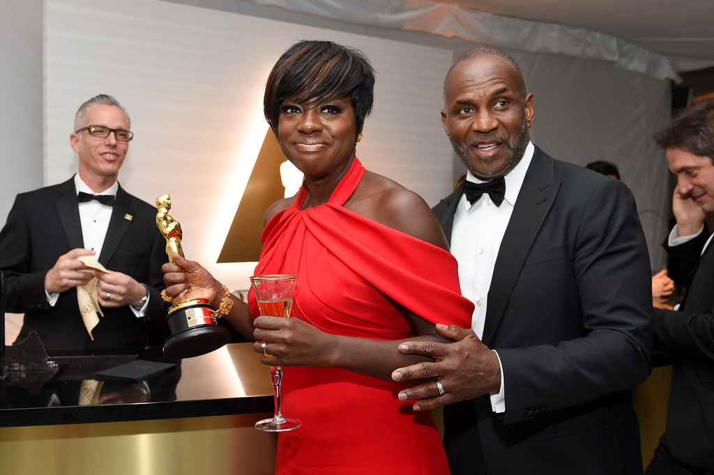 . HOLLYWOOD, CA - FEBRUARY 26:  Actor Viola Davis (L), winner of the award for Actress in a Leading Role for \'Fences,\' and actor Julius Harris attend the 89th Annual Academy Awards Governors Ball at Hollywood & Highland Center on February 26, 2017 in Hollywood, California.  (Photo by Kevork Djansezian/Getty Images)