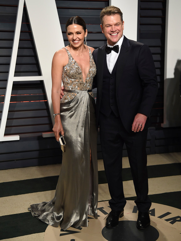 . Luciana Barroso, left, and Matt Damon arrive at the Vanity Fair Oscar Party on Sunday, Feb. 26, 2017, in Beverly Hills, Calif. (Photo by Evan Agostini/Invision/AP)