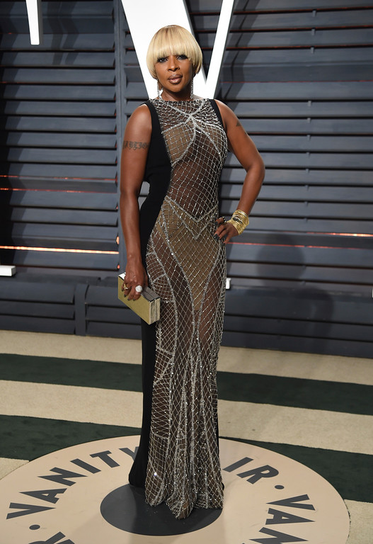 . Mary J. Blige arrives at the Vanity Fair Oscar Party on Sunday, Feb. 26, 2017, in Beverly Hills, Calif. (Photo by Evan Agostini/Invision/AP)