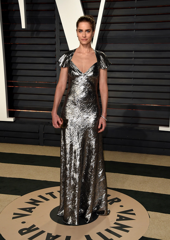 . Amanda Peet arrives at the Vanity Fair Oscar Party on Sunday, Feb. 26, 2017, in Beverly Hills, Calif. (Photo by Evan Agostini/Invision/AP)