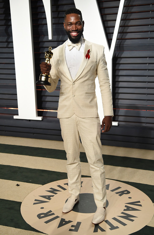 . Tarell Alvin McCraney arrives at the Vanity Fair Oscar Party on Monday, Feb. 27, 2017, in Beverly Hills, Calif. (Photo by Evan Agostini/Invision/AP)