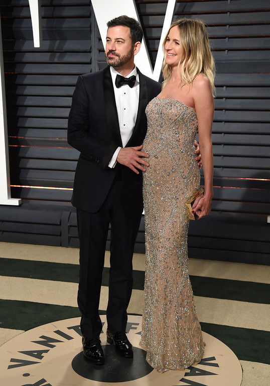 . Jimmy Kimmel, left, and Molly McNearney arrive at the Vanity Fair Oscar Party on Monday, Feb. 27, 2017, in Beverly Hills, Calif. (Photo by Evan Agostini/Invision/AP)