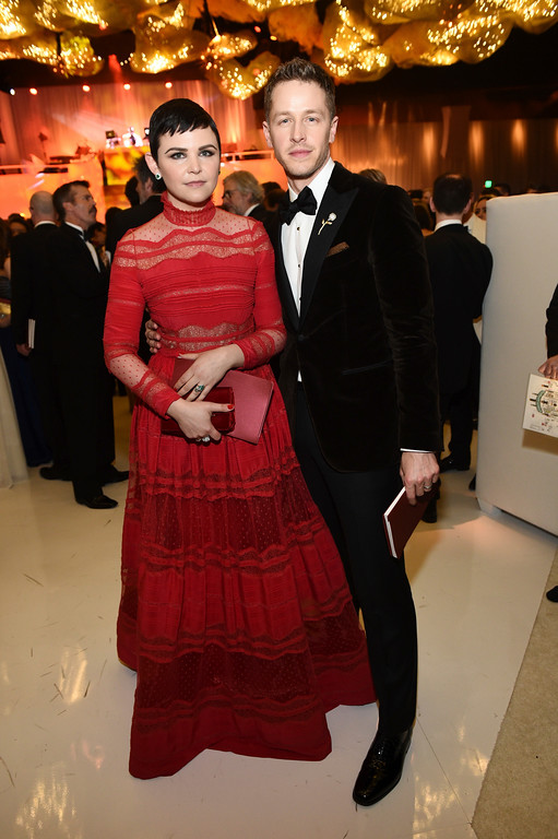 . Ginnifer Goodwin, left, and Josh Dallas attend the Governors Ball after the Oscars on Sunday, Feb. 26, 2017, at the Dolby Theatre in Los Angeles. (Photo by Al Powers/Invision/AP)
