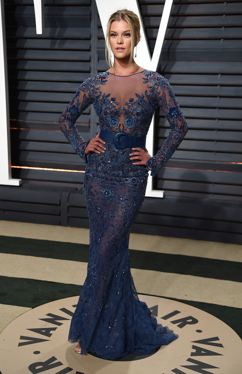 . Nina Agdal arrives at the Vanity Fair Oscar Party on Sunday, Feb. 26, 2017, in Beverly Hills, Calif. (Photo by Evan Agostini/Invision/AP)