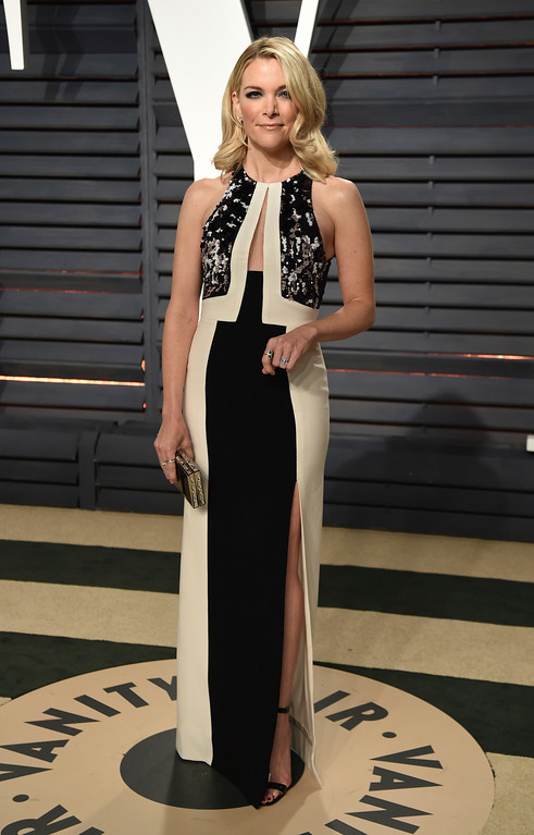 . Megan Kelly arrives at the Vanity Fair Oscar Party on Sunday, Feb. 26, 2017, in Beverly Hills, Calif. (Photo by Evan Agostini/Invision/AP)
