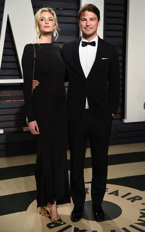 . Tamsin Egerton, left, and Josh Hartnett arrive at the Vanity Fair Oscar Party on Sunday, Feb. 26, 2017, in Beverly Hills, Calif. (Photo by Evan Agostini/Invision/AP)